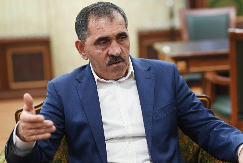 Руководитель Ингушетии сказал освязи напавших напост ДПС боевиков сИГ
