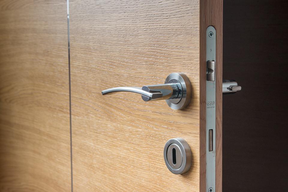 Грамотный выбор межкомнатных вариантов дверей