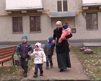 В Подмосковье многодетную мусульманку спасли от мужа-изверга после 6 лет плена