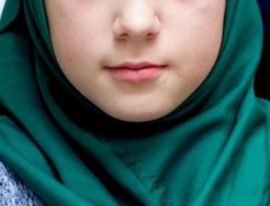 1073 педагога решительно отвергли клевету о хиджабе