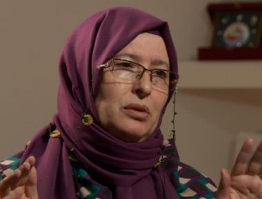 Как турецкая феминстка «сбросила паранджу», а затем снова надела