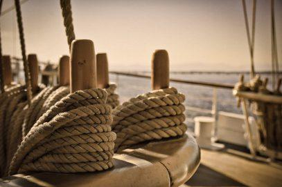 Фотосессия на борту яхты – почему выгодно заказывать в Одессе