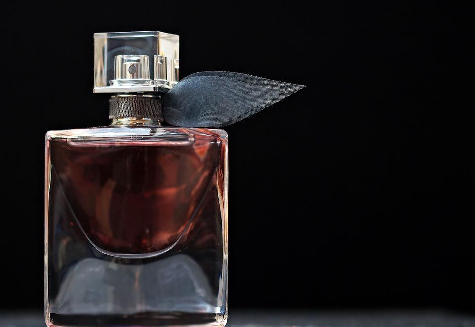 Покупка парфюма и духов в интернет-магазинах
