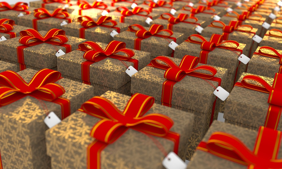 Бизнес-подарки и бизнес-сувениры: их особенности