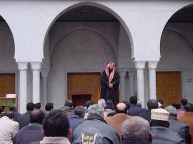 Саудовская Аравия выгонит экстремистов из крупной европейской мечети