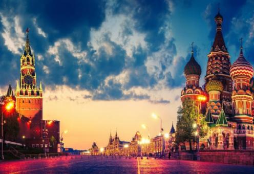 «Кремлевская мечеть» в сердце исламской страны поражает воображение