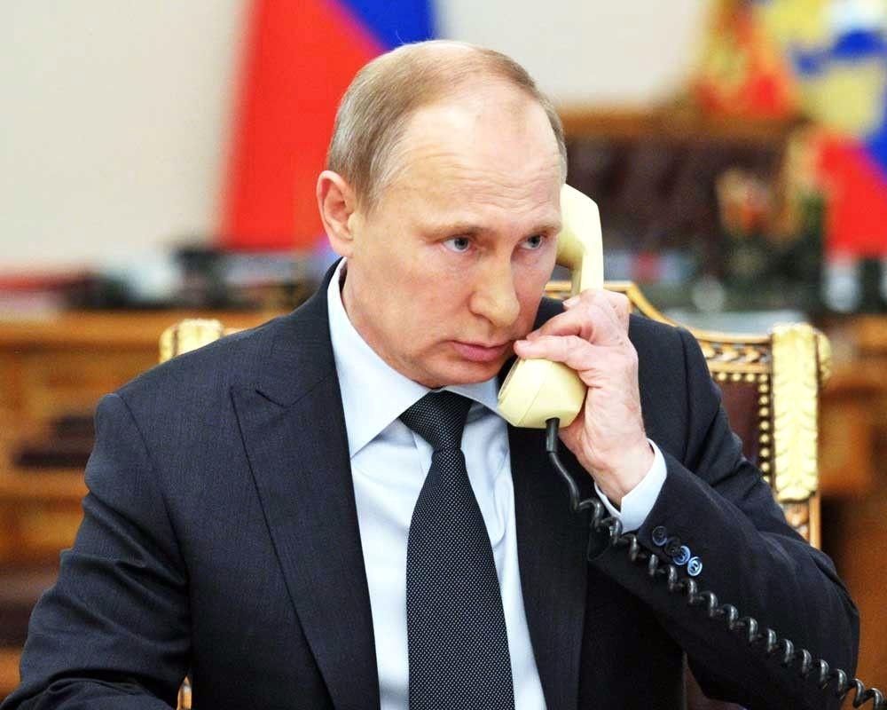 Владимир Путин провел телефонный разговор с королем Салманом