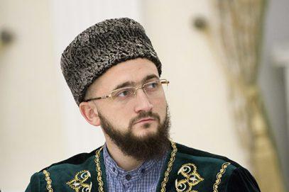 Муфтий Татарстана связал перспективы хиджаба с принципиальной позицией Чечни