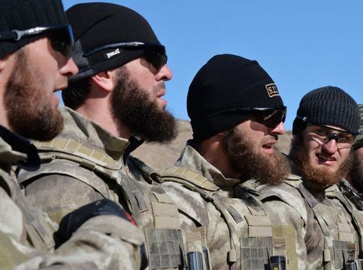 Кадыров отреагировал на слова Путина о путешествующих по Сирии пешком чеченцах