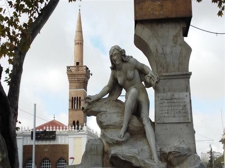 Алжирец лишил достопримечательность города грудей (ВИДЕО)