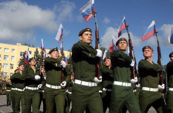 Курсанты военной академии
