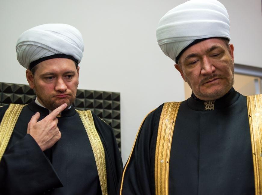 Справа налево: Равиль Гайнутдин и Дамир Мухетдинов. Фото: Татар-информ