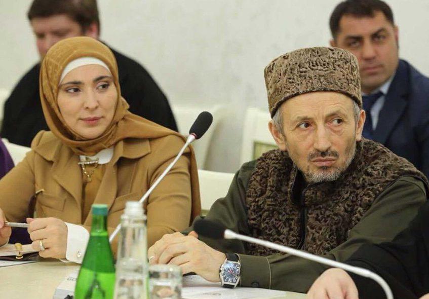 Жена муфтия Дагестана пошла в президенты России