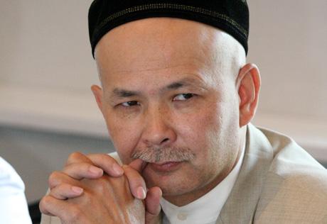 Снимал покойника. В полиции прокомментировали слухи об избиении главы Союза мусульман Казахстана