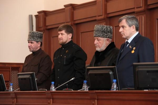Вслед заРамзаном Кадыровым народные избранники чеченского парламента вполном составе покинут Инстаграм