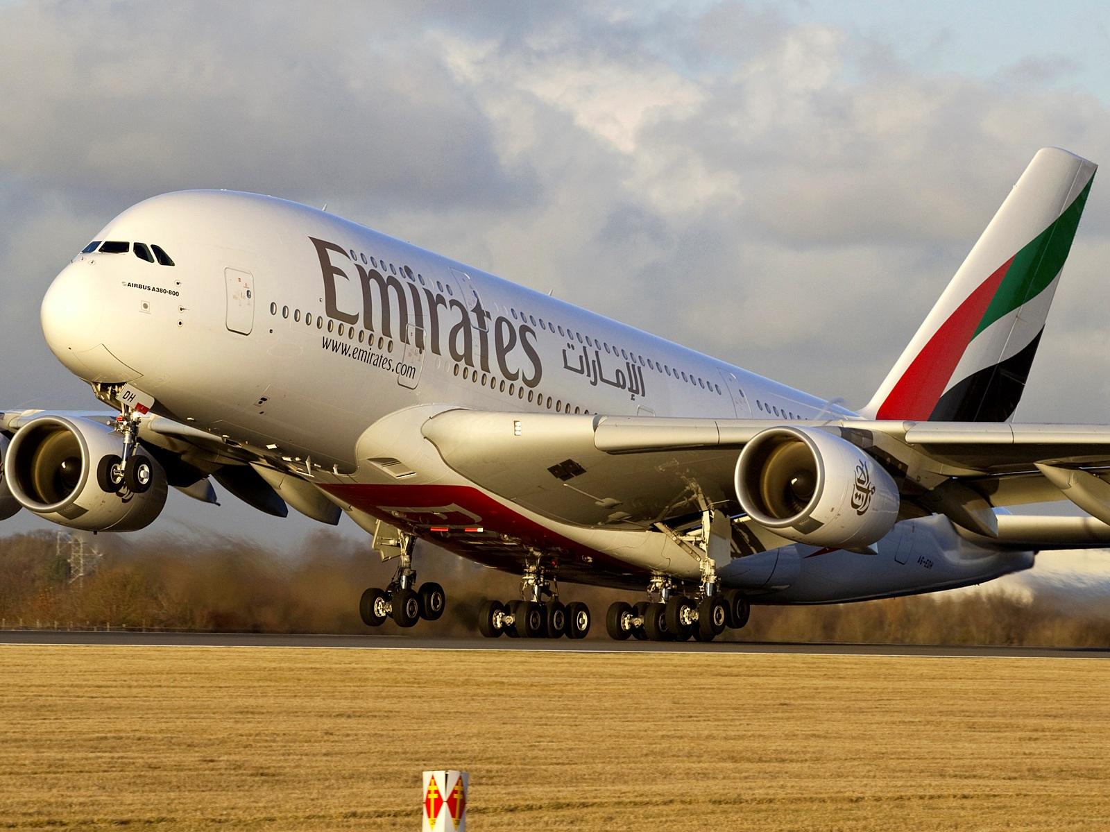Власти Туниса временно ввели запрет нарейсы авиакомпании Emirates встрану