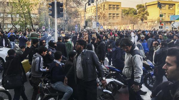 Иранский парламент проведет 1января экстренное совещание из-за протестов вреспублике