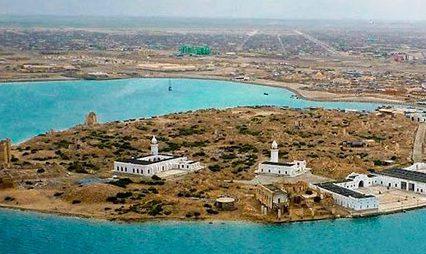 Эрдоган осмотрел ханафитскую и шафиитскую мечети на острове Суакин