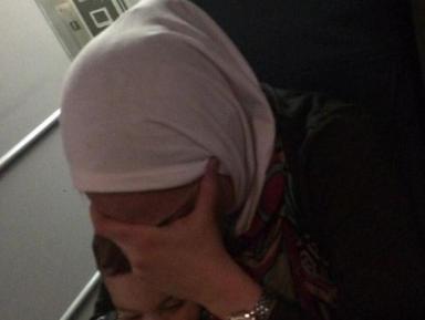 «Макдоналдс» оказался в центре скандала с хиджабом (ВИДЕО)