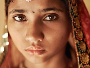2000 мусульманских девушек выдадут замуж за индуистов – как и почему?