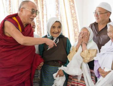 Как тибетцы приняли ислам и спустились с гор – вместе с Далай-ламой