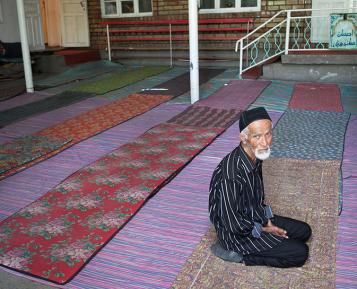 Молчание узбекских имамов о сборах на Новый год – громче любых слов