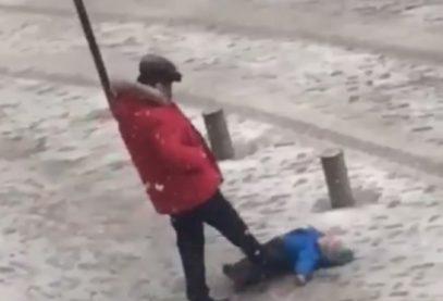 Житель Киргизии ужаснул жестокостью к маленькому сыну