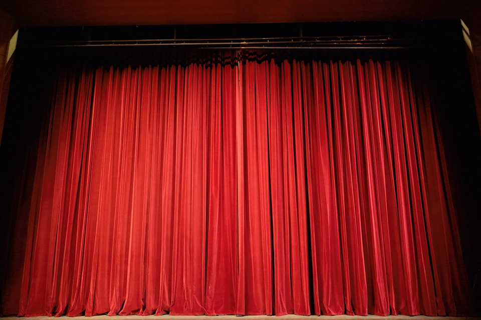 Курсы актерского мастерства при театре – первый шаг во взрослую жизнь