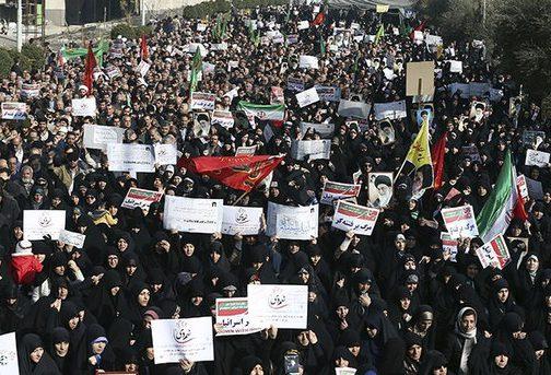 Власти Ирана мобилизовали своих сторонников