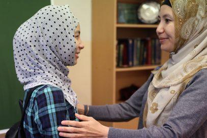 Казахстанский министр послал сторонников хиджаба в частные школы