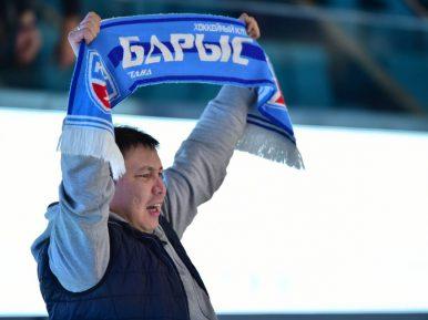 Хоккеисты «Барыса» провели мусульманский ритуал за удачу в предстоящих играх