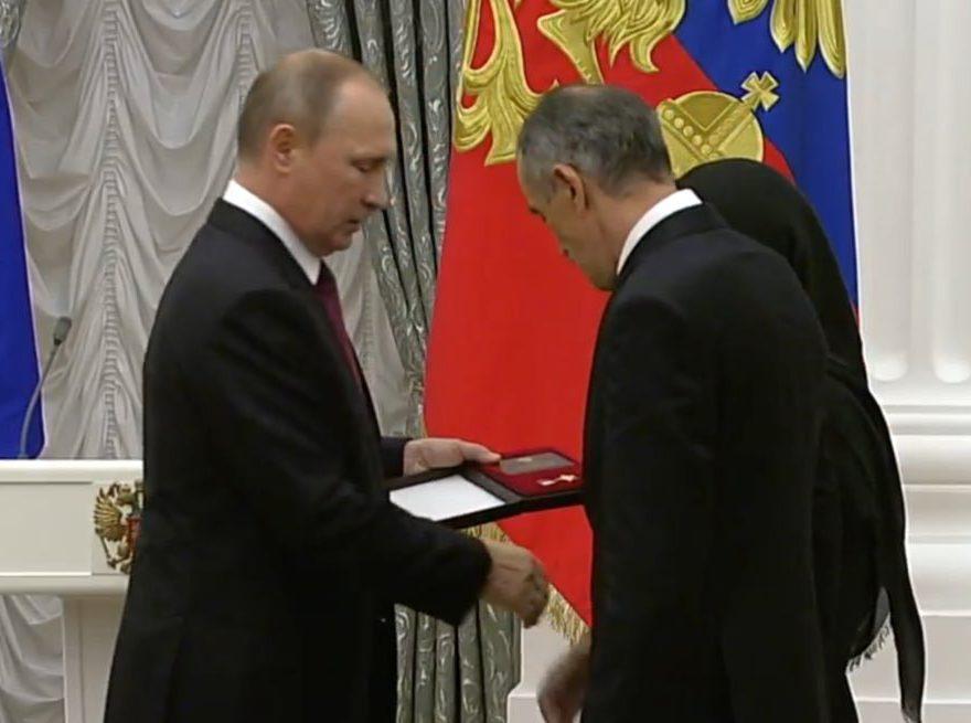 Отец убитого экстремистами дагестанского правоохранителя стал доверенным лицом В.Путина