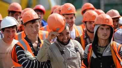 Как мигранты спасают Россию