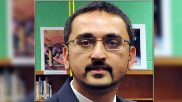 Американский министр присягнул на Коране (ВИДЕО)