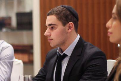 Сын президента ФЕОР оказался «в шкуре» мусульманок