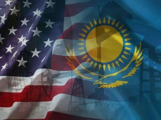Сеанс сидения «на двух стульях» или что нужно США от Казахстана?