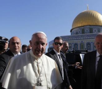 Папа Римский сказал, что обязаны сделать истинно верующие с Иерусалимом