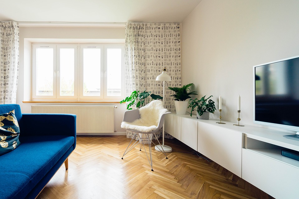 Как нужно выбирать шторы для вашей гостиной?