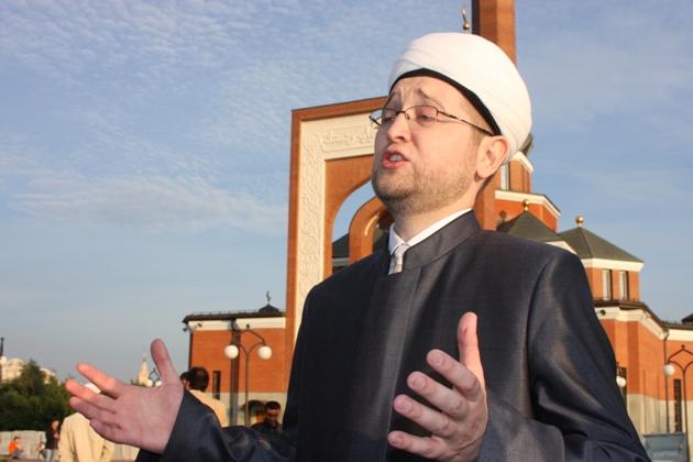 Муфтий Москвы выступил в Госдуме с докладом о нехватке мечетей в столице