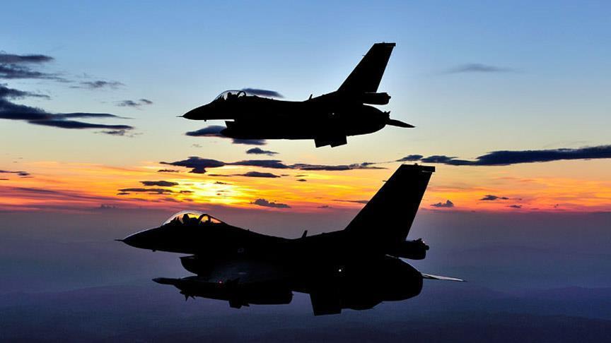 ВВС Турции атаковали боевиков в Африне