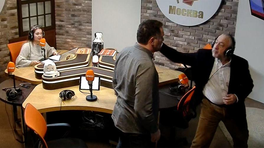 Сванидзе ударил Шевченко по лицу и крепко пожалел (ВИДЕО)