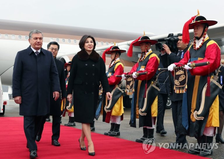 Президент Узбекистана обустроит своих граждан в Корее