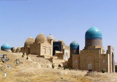 В Узбекистане с помощью государства отремонтируют старые мечети и кладбища