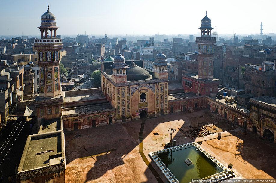 Мечеть Вазир Хана, Пакистан