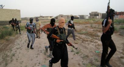 """СМИ узнали о """"чудесном спасении"""" боевиков ИГИЛ"""