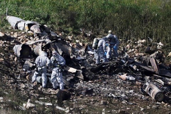 Обломки израильского самолета, нарушившего сирийское воздушное пространство
