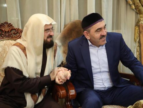 Евкуров побывал в гостях у шейха Карадаги