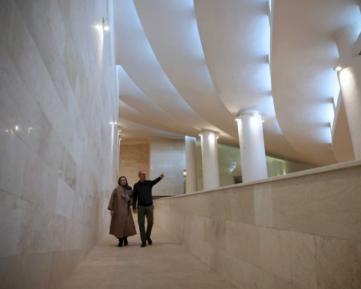 Мечеть в стиле авангард вызвала гнев в исламской республике