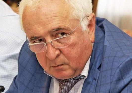 СМИ узнали о побеге дагестанского министра после обысков