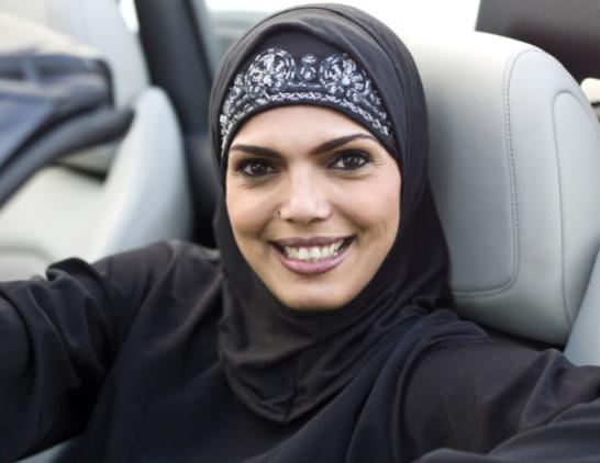 В жизни саудовских женщин стало еще на один запрет меньше